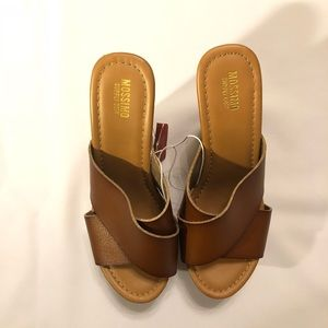 Mossimo Cognac/Tan Wedges Platform Sandals